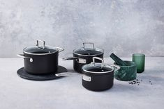 Toughened Non-Stick cookware by Le Creuset. A revitalised range of the classic Toughened Non-Stick cookware with a coating that is now 4x times stronger. The new coating makes for a one-time purchase, designed to withstand a lifetime of use. Aluminium