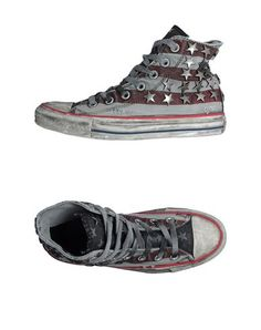 Converse all star Women. $100