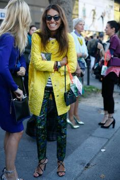 Paris Fashion Week life is sweet & colour helps! Yellow Fashion, Colorful Fashion, Autumn Fashion, Paris Fashion, Street Fashion, Style Me, Cool Style, Fashion Looks, Fashion Photo