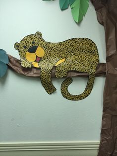Lounging Cheetah, Camp Kilimanjaro VBS (Community Bible Church, Irving, TX) Preschool Jungle, Jungle Crafts, Jungle Art, Vbs Crafts, Jungle Safari, Preschool Art, Jungle Theme Classroom, Classroom Themes, Rainforest Classroom