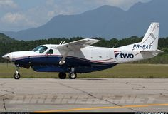 Aviation Photo Cessna Super Cargomaster - TWO Táxi Aéreo Cessna Caravan, Major Airlines, Grand Caravan, Aircraft Pictures, Taxi, Airplanes, Commercial, Wings, Military