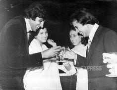 Amitabh Bacchhan, Dimple Kapadia, Jaya Bacchhan & Rajesh Khanna giving a toast.