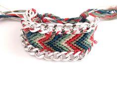 bracelet brésilien ou friendship multicolore orné de par vicetleo, €35,00