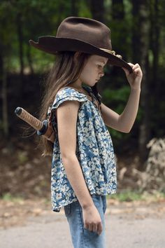 Cailey Fleming as Judith Grimes in The Walking Dead Season Walking Dead Zombies, The Walking Dead Saison, Carl The Walking Dead, The Walking Death, Walking Dead Season 9, Walking Dead Tv Series, Walking Dead Cast, Judith Grimes, Carl Grimes