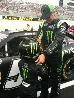 Houston trying on @KurtBusch helmet @monsterenergy