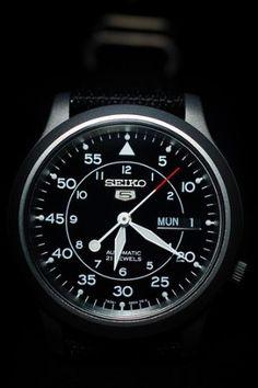 Seiko Men's SNK809 Seiko 5 Automatic Black Canvas Strap Watch: Watches: Amazon.com