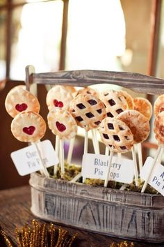 Wedding Day Cake Pops Pie Pops: Not a cake fan? Try these lattice crust pie pops filled with sweet fruits instead of cake pops, great for a summer wedding menu. Wedding Food Bars, Wedding Desserts, Mini Desserts, Wedding Menu, Dessert Recipes, Wedding Reception, Reception Food, Wedding Favors, Chic Wedding