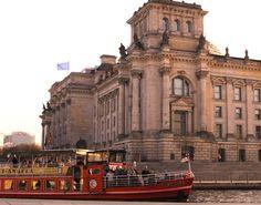 """Mit der """"MS Angela"""" durch das Regierungsviertel - 50 Eichsfelder erkunden die Bundeshauptstadt."""