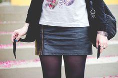 http://melinasouza.com/2015/07/08/dream-believe-achieve/  Melina Souza - Serendipity <3 Bag: Kipling Br - Boots: Primark - Beret: Accessorize Skirt: C&A T-Shirt: ChicoRei - Just Lia Cardigan: Renner Sunglas:Ui!Gafas