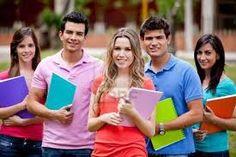 Artículo 60. Los cursos se autorizarán para las materias en la que se inscriba el mínimo de estudiantes establecido para hacer un grupo.