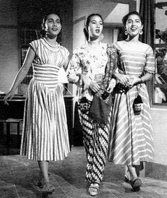Indriati Iskak, Chitra Dewi, Mieke Wijaya