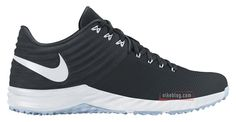 Nike Lunar Trout 2 Turf | Black & White