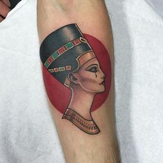 Thanks James for getting this @thetallonco @blackgardentattoo #tattoo #tattoos #egypt #nefertiti #nefertititattoo #london #londontattoo #tattooartist #instatattoo #instadaily #instagood @jamesgetborn