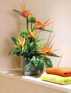 cool Fabulous Fake Flower Arrangement