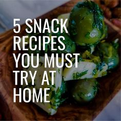 5 Holiday party snack recipes you MUST try! Here are 5 holiday snack recipes you must try for your next holiday party, Friendsgiving, block party or family get together! These holiday Best Party Snacks, Holiday Snacks, Holiday Recipes, Chili Recipes, Gourmet Recipes, Snack Recipes, Nutritious Snacks, Healthy Snacks, Healthy Recipes