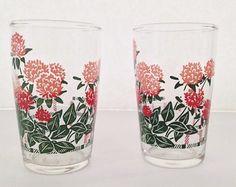 Vintage Juice Glasses Chrysanthemum Flowers by SundayDriveAntiques