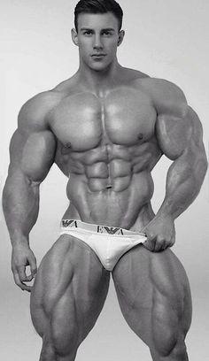 muscular morphs naked