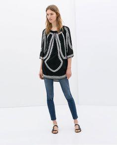 "Pin for Later: 13 Kleidungsstücke, um den mexikanischen ""Cinco de Mayo"" zu feiern Zara Tunika Zara Stone-Embroidered Tunic With Asymmetric Hem ($100)"
