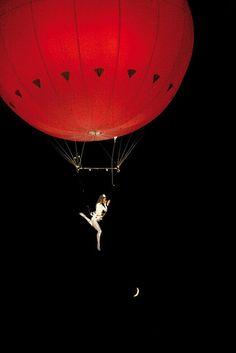 Elena Marina flying on a Balloon