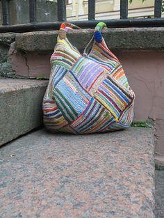 Garter Stripe Square Bag. Knit or crochet (for a sturdier bag) the stripes. Free pattern.