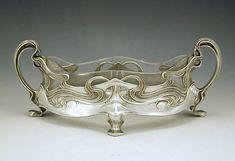 Juventa- Polished pewter Art Nouveau centrepiece with original glass liner
