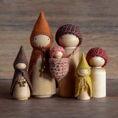 Holiday Shopping : 15 Gift Ideas For Kids Amber Fillerup Clark Wood Peg Dolls, Clothespin Dolls, Waldorf Crafts, Waldorf Dolls, Diy Christmas Gifts For Family, Christmas Crafts, Christmas Shopping, Family Holiday, Christmas Wreaths