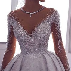 High fashioned ornate ball wedding dress with sleeves. Do & Source The post High fashioned ornate ball wedding dress with sleeves. Make & wedding dress # & appeared first on Wedding Dresses. Pretty Prom Dresses, Ball Dresses, Elegant Dresses, Beautiful Dresses, Ball Gowns, Girls Dresses, Dresses Dresses, Awesome Dresses, Beautiful Dream