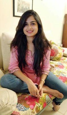 Beautiful Girl In India, Beautiful Girl Body, Beautiful Indian Actress, Cute Beauty, Beauty Full Girl, Arabian Beauty Women, South Indian Actress Photo, Dehati Girl Photo, Stylish Girl Pic