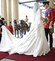 Prince Harry helps her new sister in law, Duchess of Cambridge (Kate Middleton) with her wedding dress Royal Wedding 2011, Royal Wedding Gowns, Royal Weddings, Wedding Dresses, Kate Middleton Wedding, Kate Middleton Style, Duchess Kate, Duchess Of Cambridge, Westminster