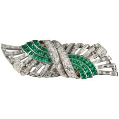 Exceptional emerald, diamond and platinum double clip brooch by Tiffany & Co., circa It features very vibrant calibre cut emeralds, along with . Diamond Brooch, Art Deco Diamond, Emerald Diamond, Diamond Cuts, Emerald Green, Green Diamond, Tiffany Art, Tiffany Jewelry, Tiffany And Co