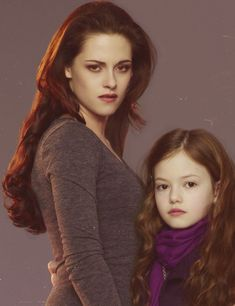 Find images and videos about twilight, bella swan and renesmee cullen on We Heart It - the app to get lost in what you love. Twilight Saga Series, Twilight Series, Twilight Movie, Twilight Jokes, Vampire Twilight, Twilight Images, Twilight Pictures, Twilight Renesmee, Twilight Edward