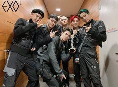 """i sincerely miss you guys ♡ Suho Exo, Exo Ot12, Kpop Exo, Chanbaek, Yixing Exo, Park Chanyeol, Exo Dear Happiness, Exo Group Photo, Miss You Guys"