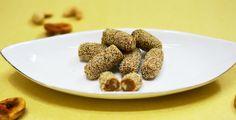 Anjeer-Mawa Rolls/Fig Khoya Rolls #diwalidelicacy #indiansweet #diwalisweet #anjeerrolls Recipe at: www.annapurnaz.in
