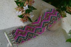 Bracelet manchette perlé multirangs