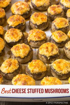 mushroom recipes Best Cheese Stuffed Mushrooms - A simple three cheese stuffed mushroom recipe with smoked cheddar, cream cheese, parmesan and roasted red peppers. via spicyperspectiv Appetizers For Party, Appetizer Recipes, Burger Recipes, Mushroom Appetizers, Good Food, Yummy Food, Best Cheese, Appetisers, Thanksgiving Recipes
