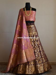 Banarasee/Banarasi Handwoven Art Silk Unstitched Lehenga & Blouse Fabric With Dupatta-Brown & Pink Brocade Lehenga, Banarasi Lehenga, Lehenga Blouse, Indian Lehenga, Indian Wedding Outfits, Indian Outfits, Indian Designer Outfits, Designer Dresses, Ethnic Fashion
