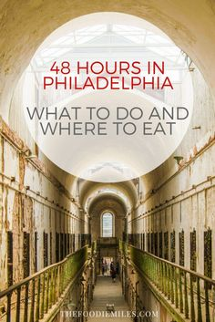 48 hours in Philadelphia, PA: things to do and best places to eat. Click on pin for a full two-days guide to Philly!