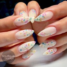 Acrylic coffin nails design for Fall and Autumn, Long coffin White Acrylic Nails, Summer Acrylic Nails, White Nails, Rose Nails, Flower Nails, Nail Swag, Encapsulated Nails, Uñas Fashion, Pointed Nails