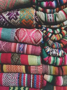 This is driving me crazy! How can one choose??? Textile overload…