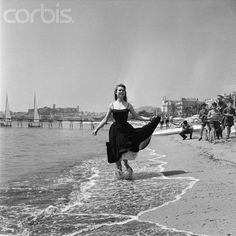 1955 - Brigitte Bardot Festival de #Cannes - #Cinema #VisitCotedazur http://filmtravellercotedazur.com/