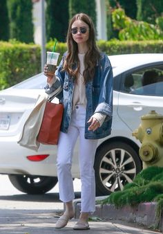 Lily Collins - Out in Los Angeles You are in the right place about los angeles outfits casual Here we offer you the most beautiful pictures about the los angeles outfits january you are loo Lily Collins Casual, Lily Collins Style, Lily Collins Fashion, Trendy Fashion, Girl Fashion, Fashion Outfits, Classy Fashion, Men Fashion, Fashion Ideas