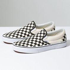 Vans checkerboard slip on shoes I wore these shoes a couple of times. The photo I have posted is from online, but I can upload photos of mine once I am back home in December SHIPPING AFTER DECEMBER 2018 Vans Shoes Sneakers Sneaker Outfits, Converse Sneaker, Vans Classic Slip On, Tenis Vans Classic, Classic Sneakers, Slip On Sneakers, Slip On Shoes, Shoes Sneakers, Flat Shoes