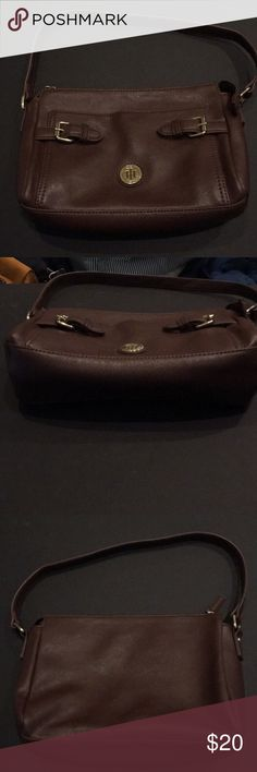 Leather Tommy Hilfiger purse Brand new brown leather bag never used! Tommy Hilfiger Bags Shoulder Bags