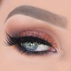 Copper Eye Sparkle! All shadows are from @makeupgeekcosmetics Transition: peach…