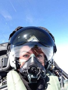 aviation pilot, Thanks Mom i Made all Whit Support. Jet Fighter Pilot, Air Fighter, Female Fighter, Fighter Jets, Military Women, Military Jets, Military Aircraft, Female Pilot, Female Soldier