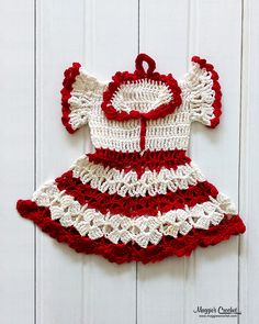 Vintage Potholders: History of Crochet Dress Potholders Thread Crochet, Crochet Crafts, Yarn Crafts, Knit Crochet, Crochet Potholder Patterns, Crochet Dishcloths, Vintage Potholders, Crochet Turban, Crochet Vintage