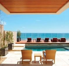 Santa Monica residence / 21 Gorgeous Beach Houses That Are Doing It Right