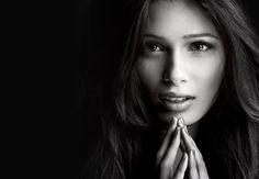 Freida Pinto ... De Bollywood à L'Oréal