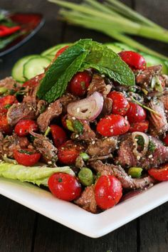 Thai Beef Salad Recipe from The Hopeless Housewife® Asian Recipes, Beef Recipes, Cooking Recipes, Ethnic Recipes, Thai Cooking, Cooking Wine, Cooking Light, Thai Beef Salad, Gastronomia
