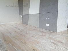 35cm wide oak patined boards. Tile Floor, Boards, Flooring, Crafts, Planks, Manualidades, Tile Flooring, Wood Flooring, Handmade Crafts
